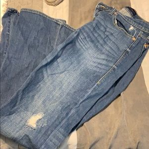 Rock & Republic light distressed jeans